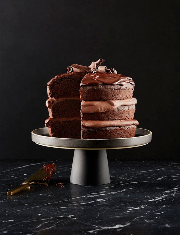The perfect chocolate caramel cake