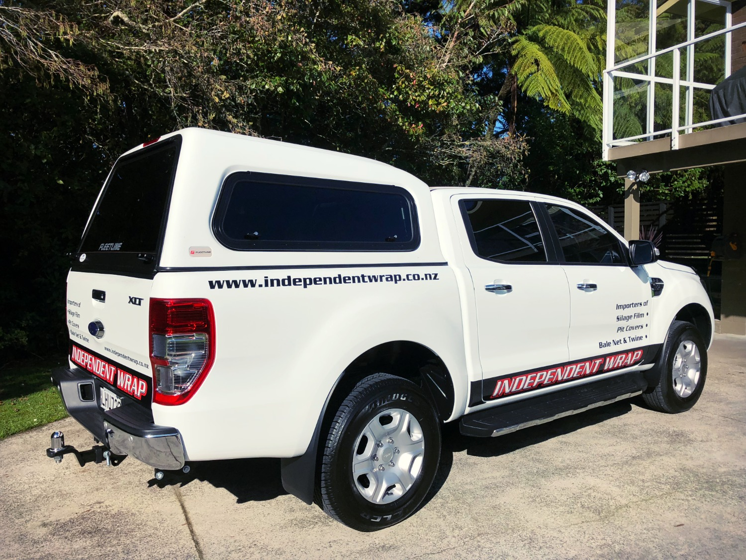 Independent Wrap Ute