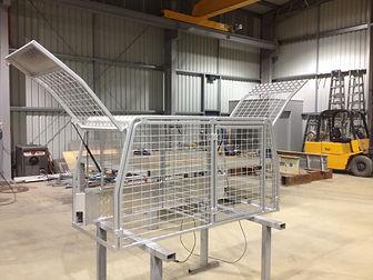 Ute Tray Dog Cage.JPG