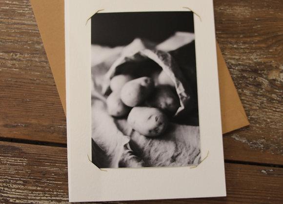 """POTATOES 1"" Photo noir et blanc by SANDRA HYGONNENC"