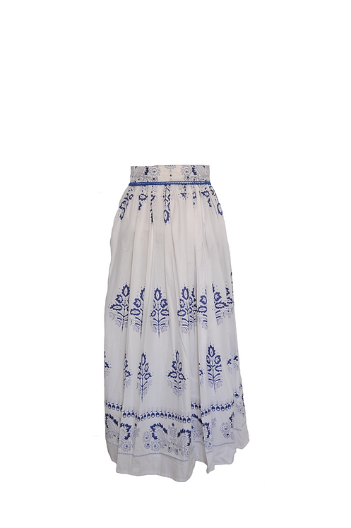 Dlhá folklórna sukňa