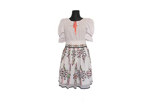 Folklórny set (sukňa + blúzka + opasok)