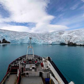 Glacial voyage