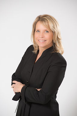 Stacey Brancheau owner of Brancheau Law Firm located in Fenton Michigan Estate Planning Attorney Elder Law Attorney Medicaid Planning Estate Planning Attorney near Fenton Linden Hartland Grand Blanc Holly