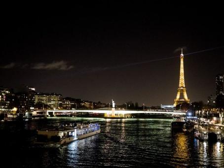 Balade sur la Seine et dîner en bateau à Paris