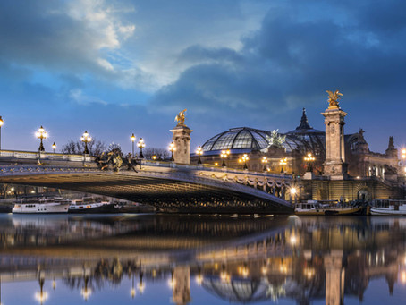 Découvrir Paris et ses monuments en bateau sur la Seine