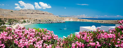 rhodes-view-of-lindos-main-bay-with-yach