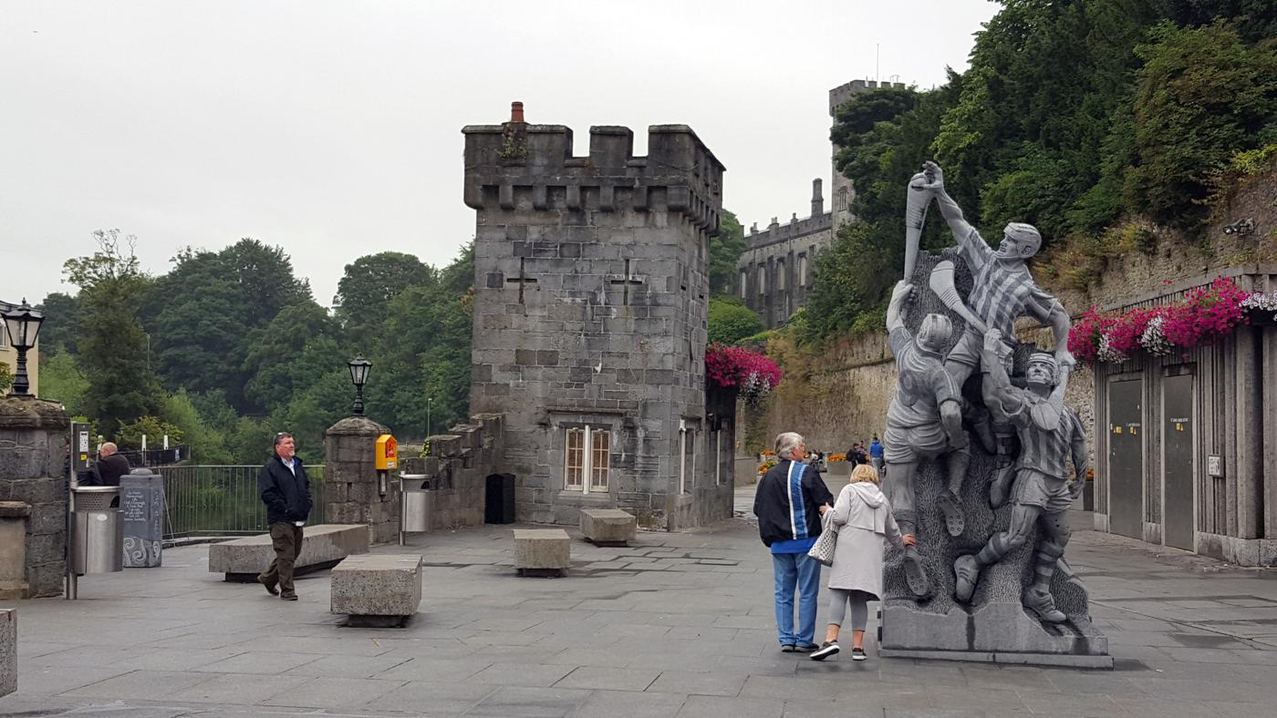 Hurling Statue
