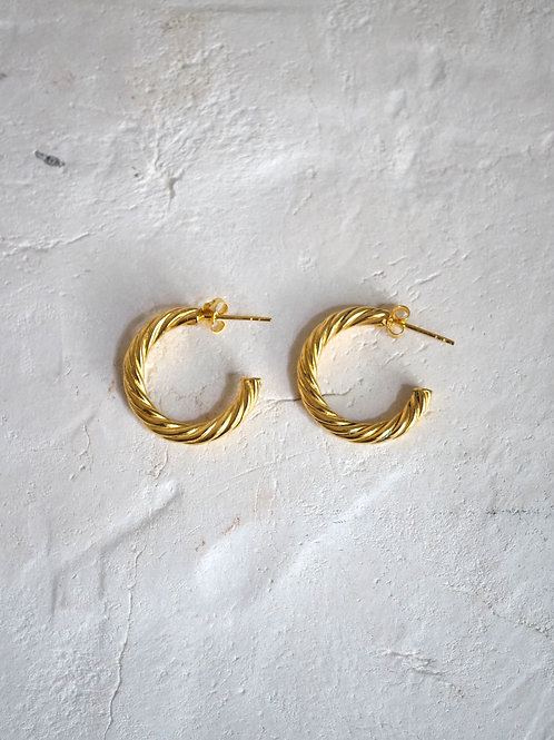 curly hoops (S) 18mm 18k gold vermeil