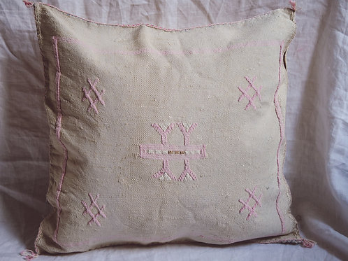 Pillow Talk Morocco #12 a little beige a little pink