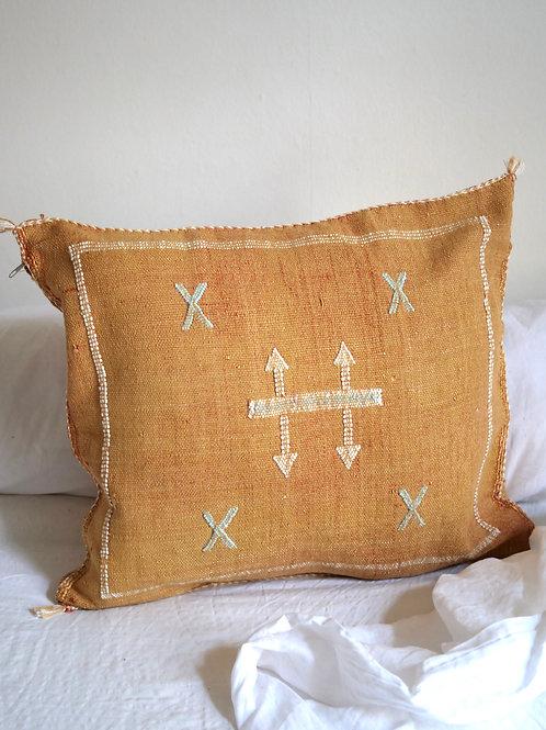 Pillow Talk SAFARI