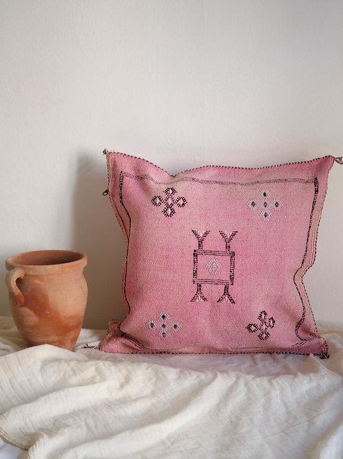 Pillow Talk MILA
