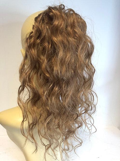 Golden blonde 27 wavy ponytail Scrunchie 41g