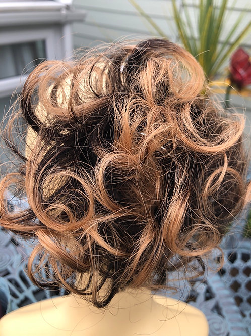 Ombré 2/27 human hair scrunchie
