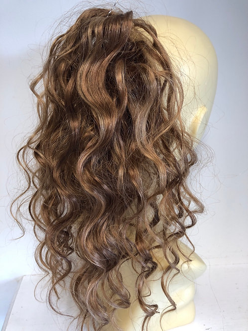 Light brown with highlights (6/27 ) wavy in human hair blend 12 inches