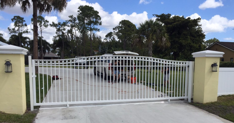 Sliding_gate_Lakeworth_South_florida