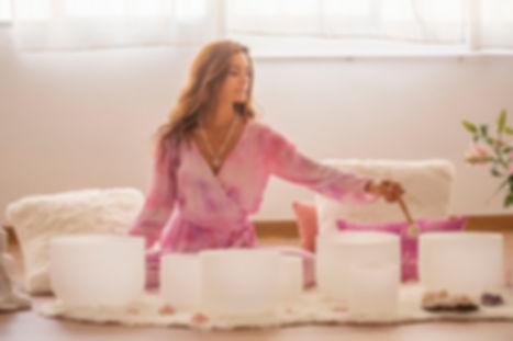 yoga nidra cuencos de cuarzo yogaisloveb