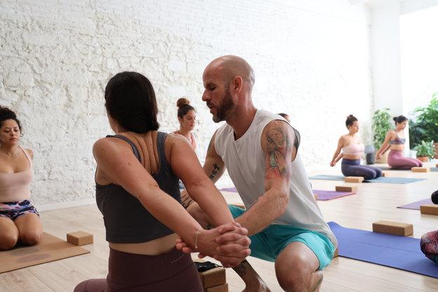 Curso de yoga en Barcelona