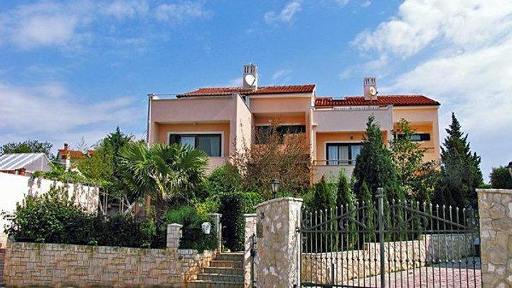 3-Familien Wohn/Ferienhaus in Istrien