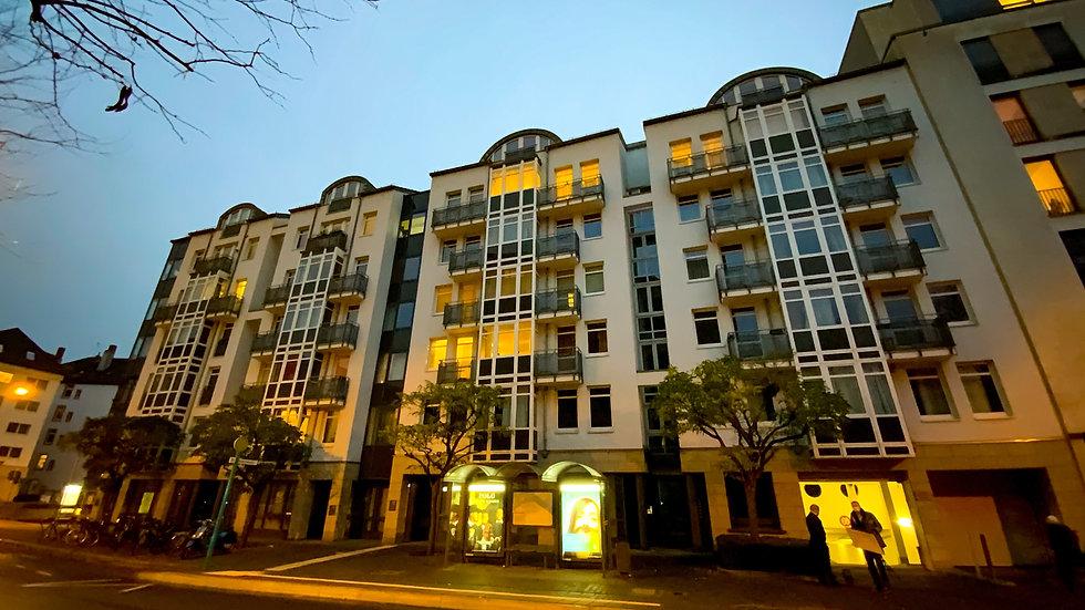 Möblierte Maisonettewohnung in Frankfurt Westend