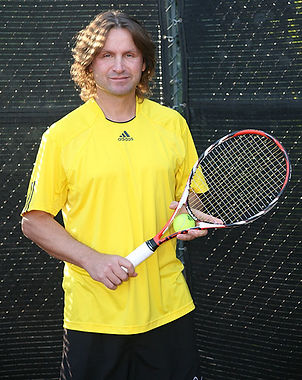 Head Tennis Coach Fredde A