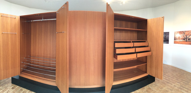 The Wardrobe Cabinet by Mies van der Rohe for Dr  Farnsworth. TOUR INTO FARNSWORTH  39 S HOUSE   STUDIO PIE   Interior Design