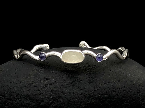 White Sea Glass Bracelet with Amethyst Cabochons