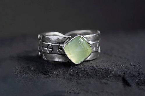 Prehnite Gemstone Silver Ring