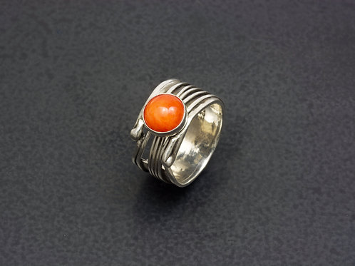 Spiney Oyster Statement Ring