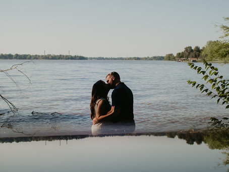 Wooded Engagement Session | Midwest Wedding & Lifestyle Photography