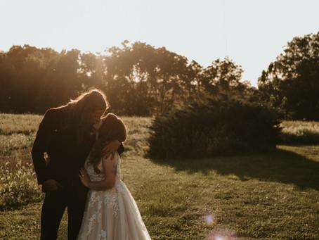 Central Illinois Backyard Wedding | Midwest Wedding & Lifestyle Photographer