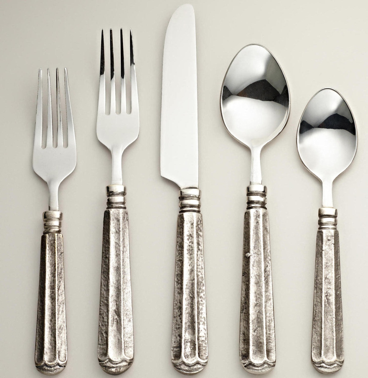 BRUISED FLATWARE