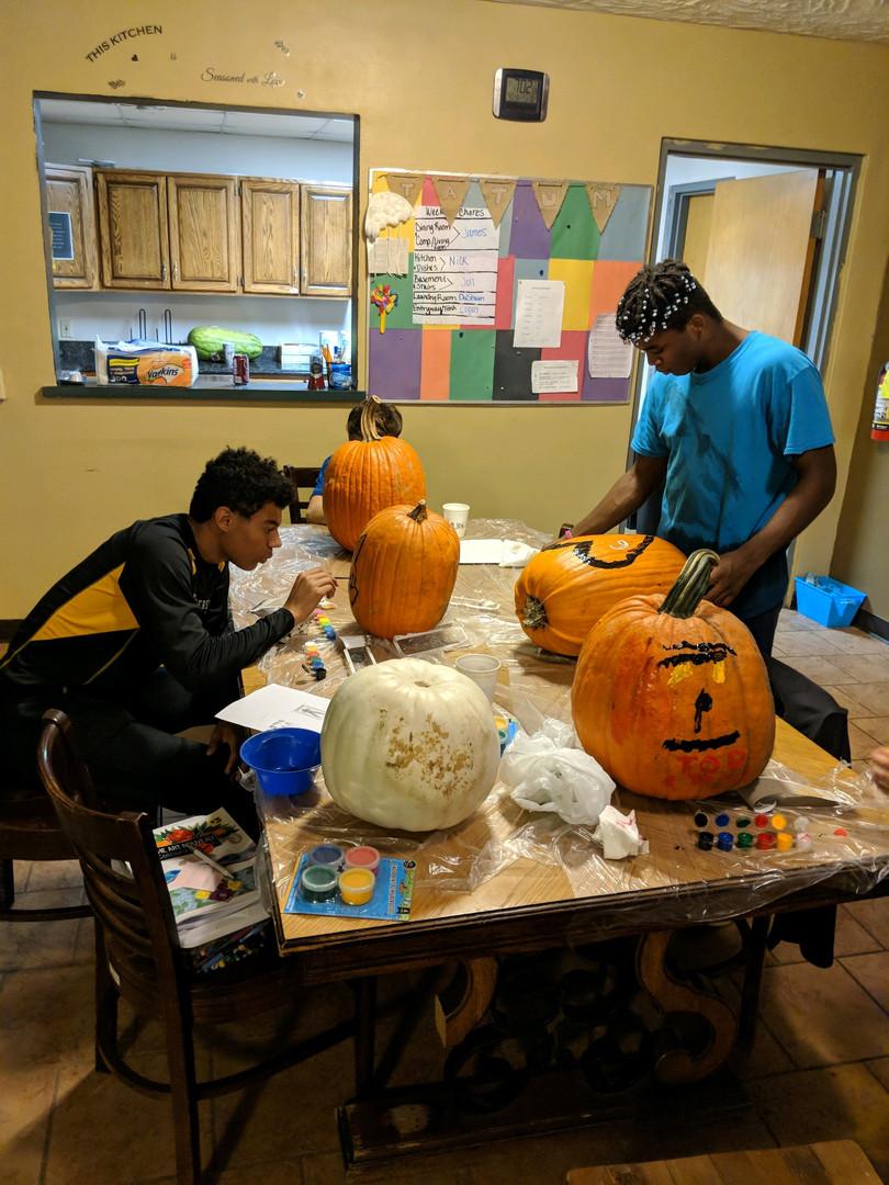 Making pumpkins - activites.jpeg