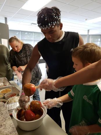 Making caramel apples - Act.jpg