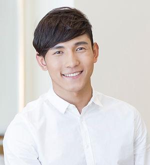 魅力的、アジア人