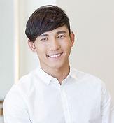 有吸引力的亞洲男子