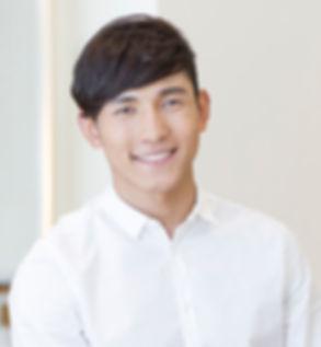매력적인 아시아 남자
