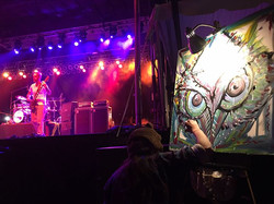 Painting live with 311 (Caliroots)