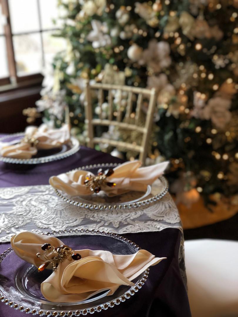 Christmas Napkin Rings and runner