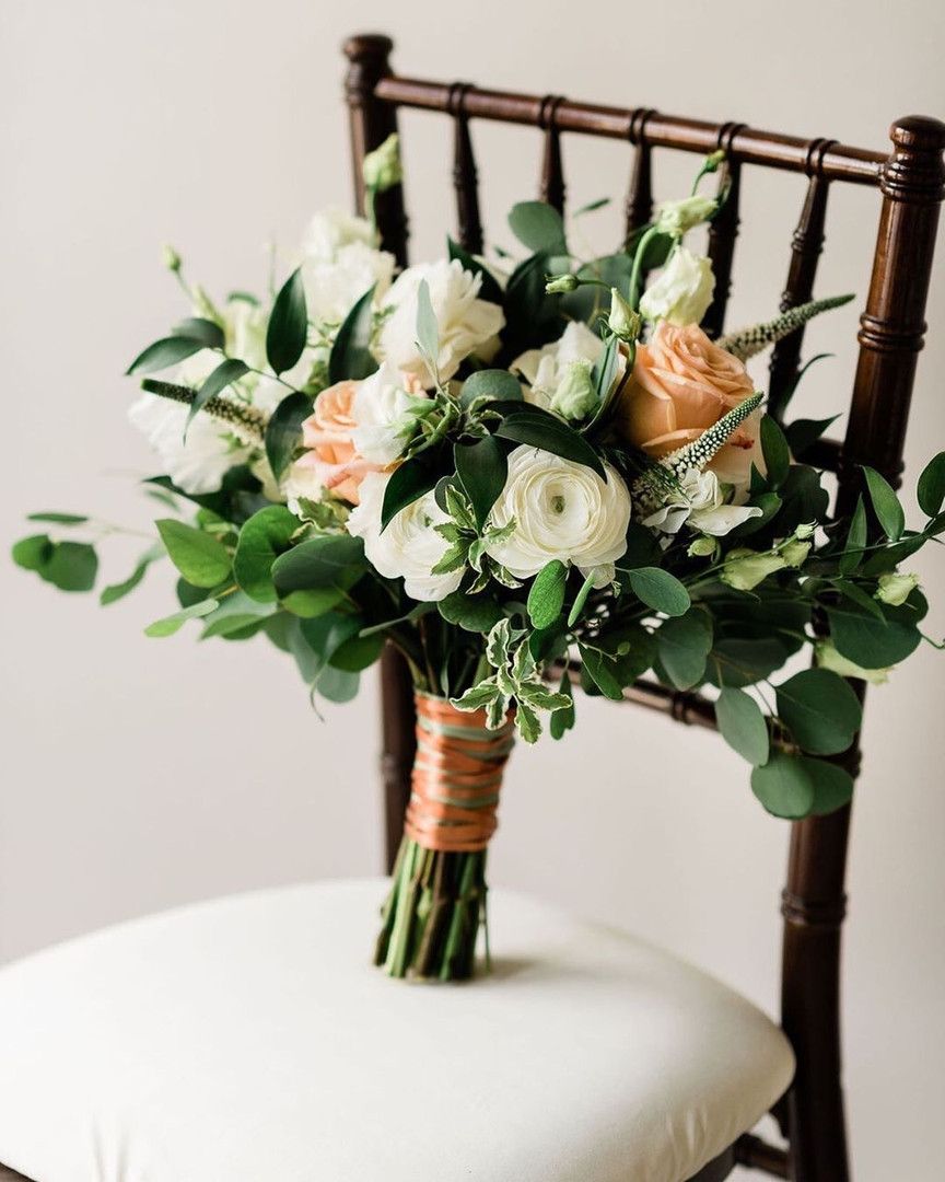 Chiavari Chair with Floral