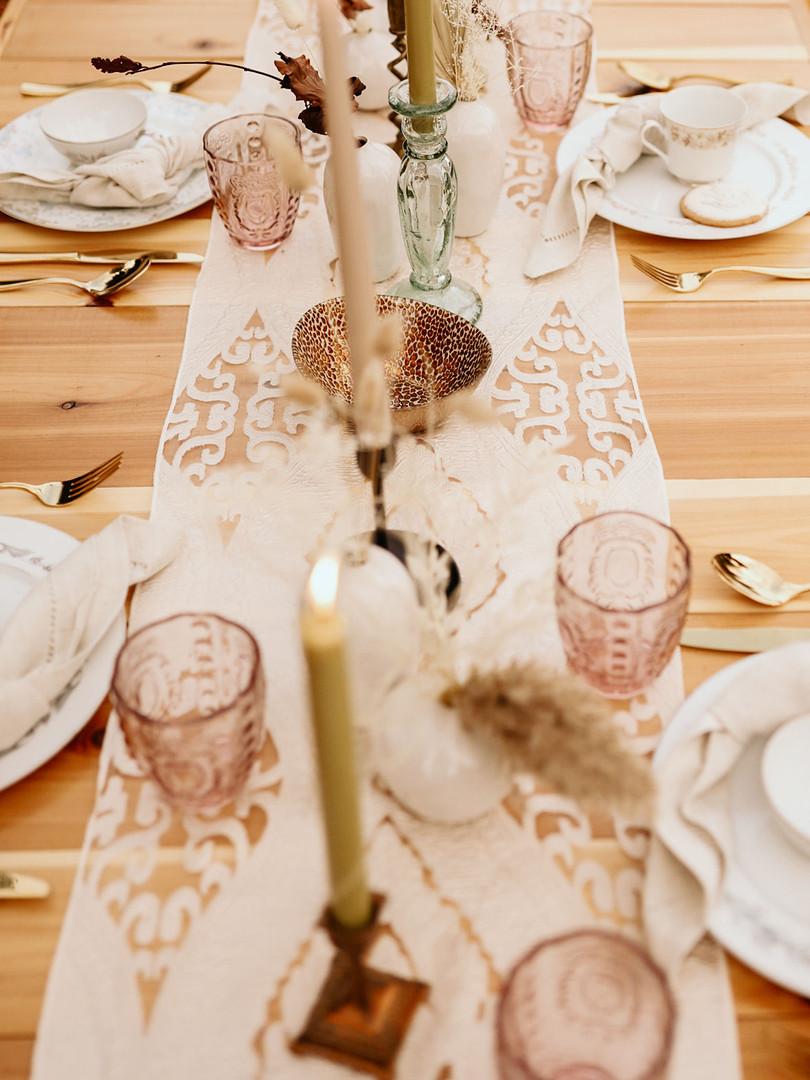 Table Runner Rental
