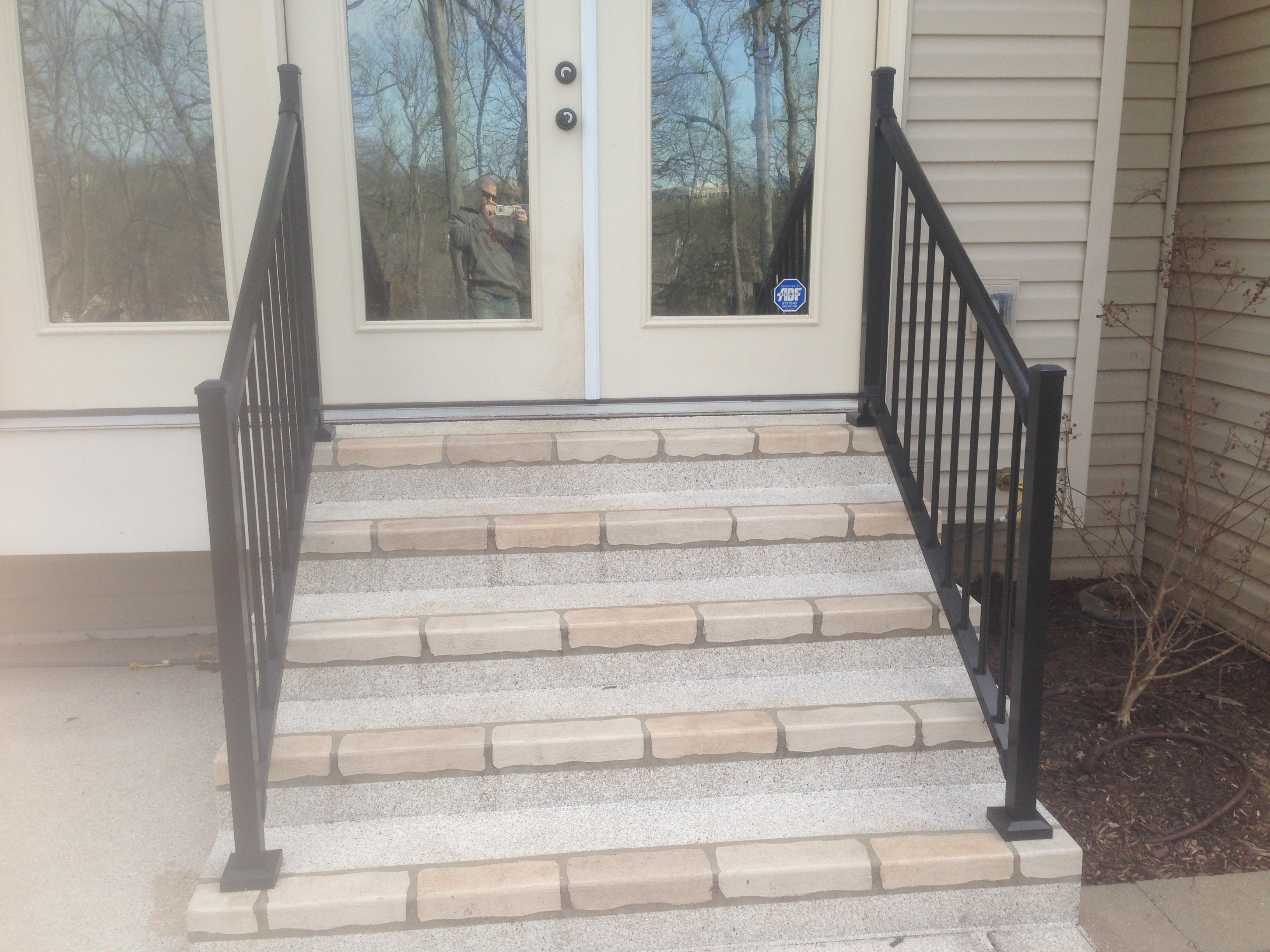 Hardscape / Steps / Rail