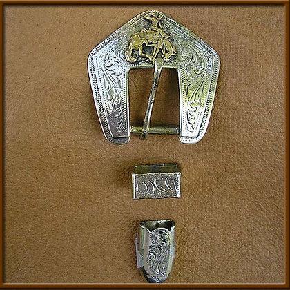 "5/8"" White Bronze Bucking Horse Buckle Set"