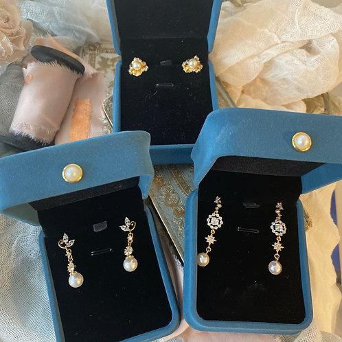 Bridesmaid Earrings Gift Set(Golden)