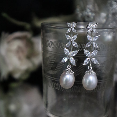 Triple Flower 925 Silver Fresh Water Pearl Earrings