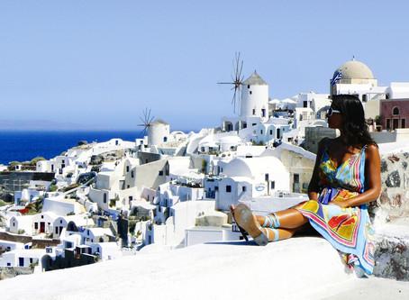 Santorini - Um santuário de profundo mar azul
