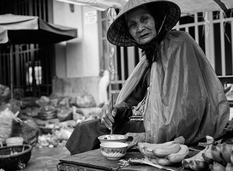 """Hoi Han - """"Tradições esculpidas pelo tempo"""" by Joseph Aieta"""