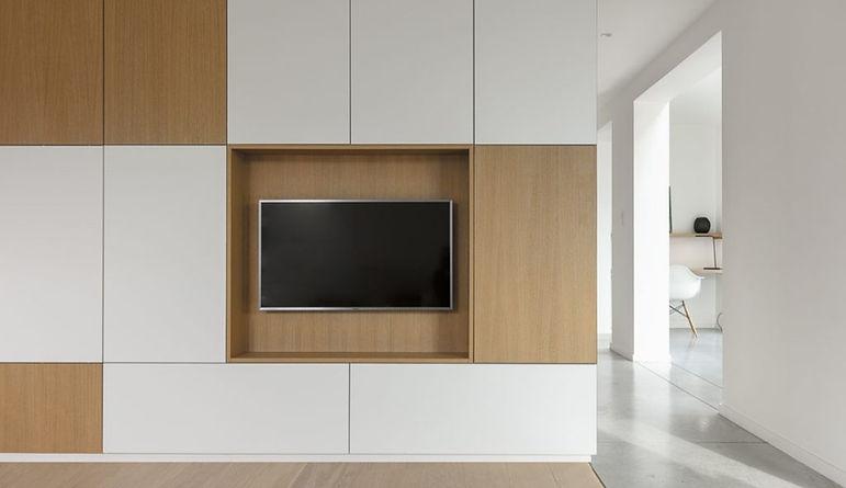 Aanbouw-woning-zorgt-voor-open-en-lichte