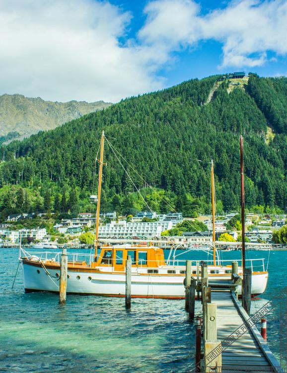Queenstown New Zealand Lake Wakatipu NZ003