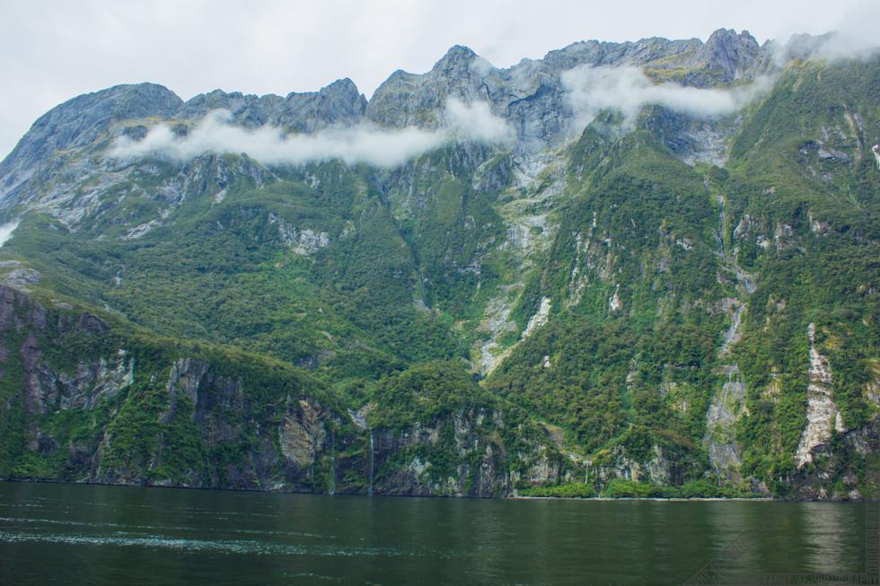 Milford Sound New Zealand NZ067